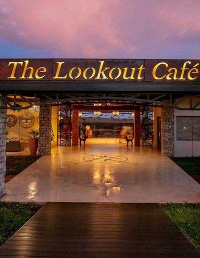 slider-lookout-cafe-victoria-falls-front-entrance-2019